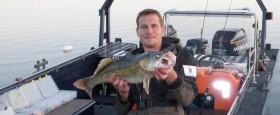 Ison kuhan kalastusta